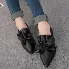 Mancienne - Pointy-Toe Bow Accent Flats