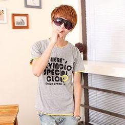 uninukoo - Lettering Short Sleeve T-Shirt