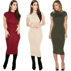 Hotprint - Cap Sleeve Mock Neck Cut Out Back Midi Dress