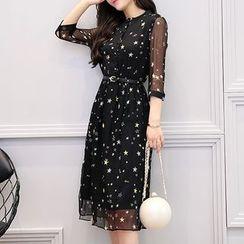 SEYLOS - Star Print 3/4 Sleeve Chiffon Dress