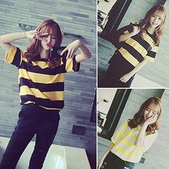 Bloombloom - Short Sleeved Striped T-shirt