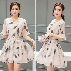 EFO - Elbow-Sleeve Feather Print Chiffon Dress