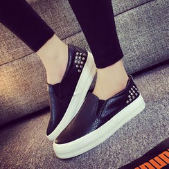 Shop Women's Slip-On Shoes Online | YesStyle
