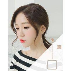 soo n soo - Square Asymmetric Earrings