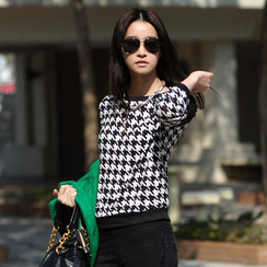 SO Central - Houndstooth Zip-Accent Knit Top