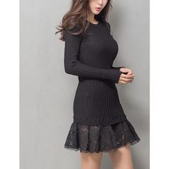 GUMZZI - Lace-Trim Rib-Knit Dress
