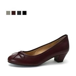 MODELSIS - Bow-Accent Pumps