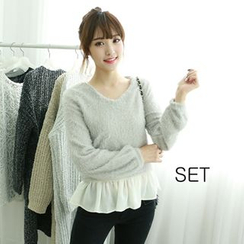 Dodostyle - Set: Chiffon-Hem Camisole Top + V-Neck Furry Knit Top