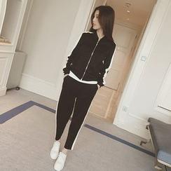 艾佳依 - 套装: 配色拉链夹克 + 运动裤