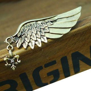 Fit-to-Kill - Angel Wing Brooch -Copper