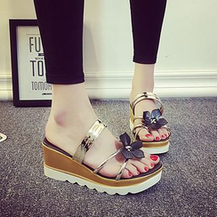 MANMANNI - Bow-Accent Wedge Mule Sandals