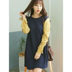 LOLOten - Patterned Contrast-Sleeve Shift Dress