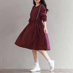 Dream Girl - Plaid Long-Sleeve A-Line Dress