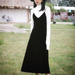 Cloud Nine - Set : Sheer Long-Sleeve Top + Spaghetti Strap Velvet Dress
