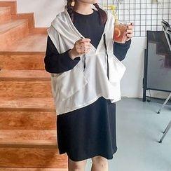 Cloud Nine - Set: Sleeveless Hoodie + Sweat Dress