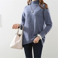 PEPER - Mock-Neck Drop-Shoulder Knit Top