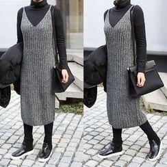 STYLEBYYAM - V-Neck Sleeveless Ribbed Knit Dress