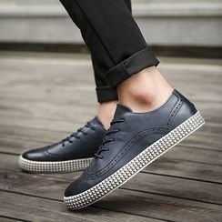 Chariot - Wing-Tip Lace-Up Casual Shoes