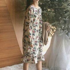 Cloud Nine - Ruffle Hem Floral Print Midi Dress