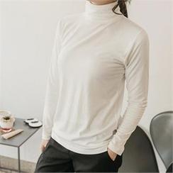 JOAMOM - Turtle-Neck Plain T-Shirt
