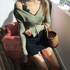 DABAGIRL - V-Neck Linen Blend T-Shirt