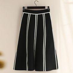 11.STREET - 条纹针织中裙