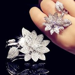Nanazi Jewelry - Rhinestone Flower Ring