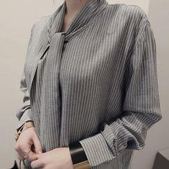 NANING9 - Bow-Tie Stripe Shift Dress