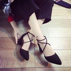 QQ Trend - 多带尖头高跟鞋