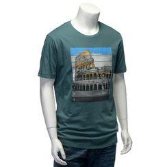 YesStyle M - Short-Sleeve Coliseum Print T-Shirt