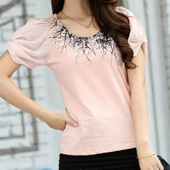 Cobogarden - Short Sleeved Embroidered Chiffon Top