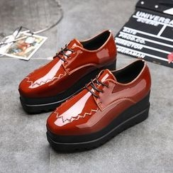 Chryse - Platform Faux Patent Leather Oxfords