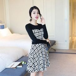 Emeline - Houndstooth Long-Sleeve A-Line Dress