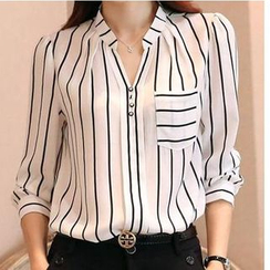 Dowisi - Split-Neck Striped Chiffon Blouse