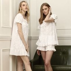 Snorie - Pajama Set: Short-Sleeve Lace Top + Shorts / Sleep Dress