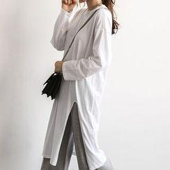 NANING9 - Slit-Side Midi T-Shirt Dress