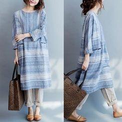 Gaia - Striped 3/4 Sleeve Midi Dress