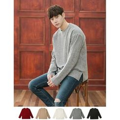 STYLEMAN - Round-Neck Colored Knit Top
