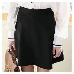 Sechuna - Banded-Waist A-Line Mini Skirt