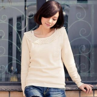 CatWorld - Crochet-Collar Knit Top