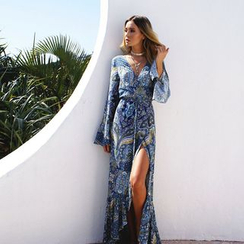 Hotprint - Patterned Long-Sleeve Slit Maxi Dress