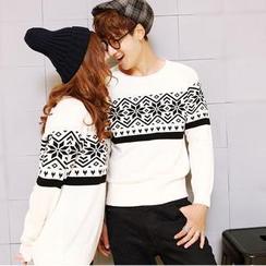 Evolu - Snowflake Print Couple Sweater
