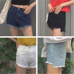時尚麻豆家 - 不對稱散擺牛仔短褲