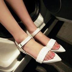 Tomma - 編織帶尖頭平底涼鞋