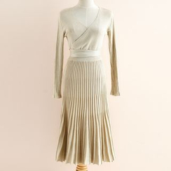 11.STREET - Pleated V-Neck Knit Dress