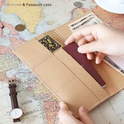 YUNO - Travel Passport Holder