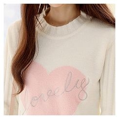 Sechuna - Heart Print Lettering-Embroidered Knit Top