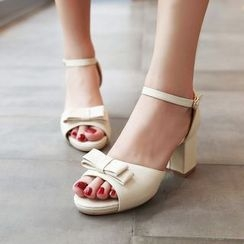 Pretty in Boots - Bow Chunky Heel Sandals