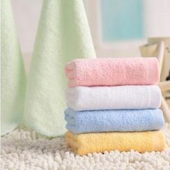 Queensville - Plain Face Towel