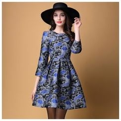 Elabo - Feather Printed 3/4-Sleeve Dress